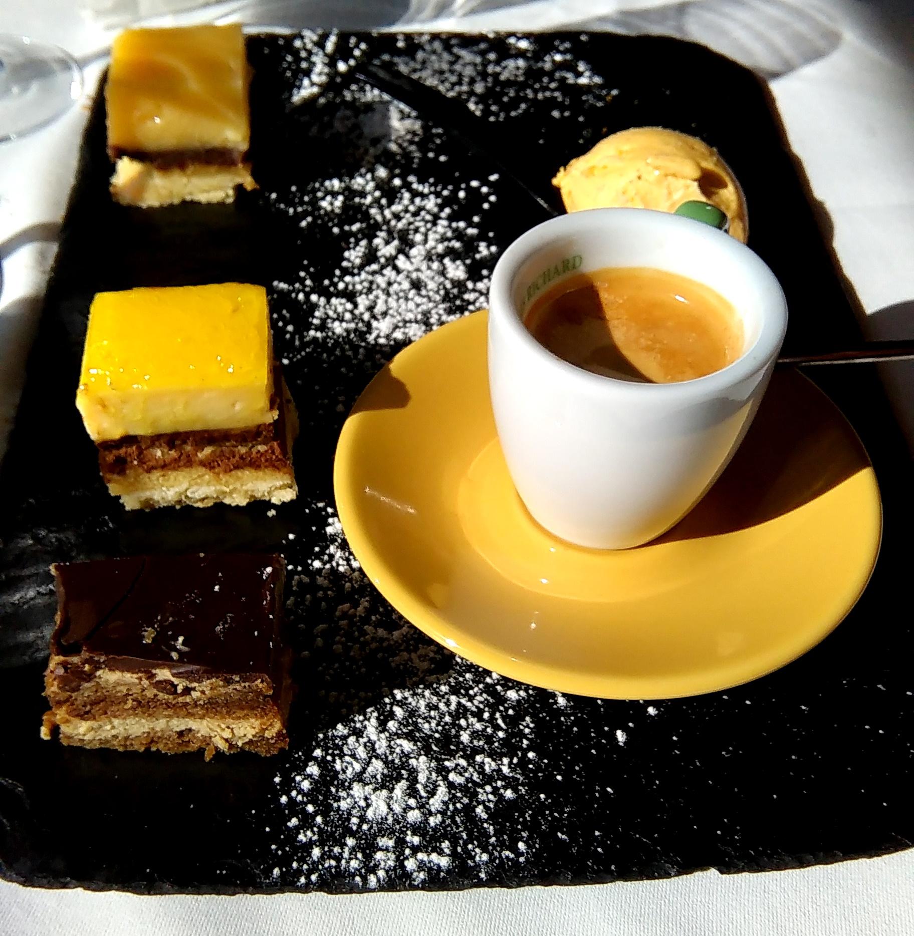 caf 233 gourmand caf 233 du port bordeaux vue garonne bordelaise by mimi