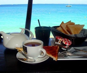 Breakfast On The Beach (Sint Maarten)