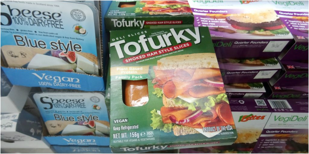 salami-vegan-simili-viande-tofurky-veggie-world