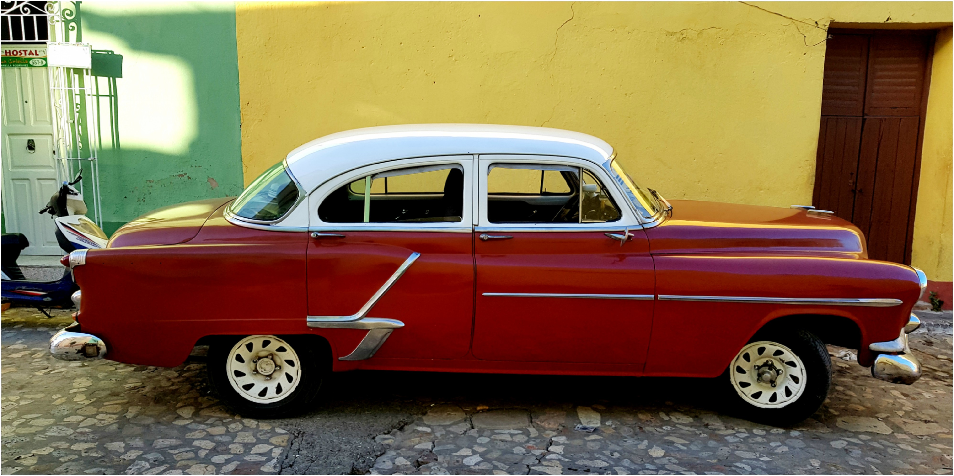 cuba-trinidad-voiture-americaine-chauffeur-willy