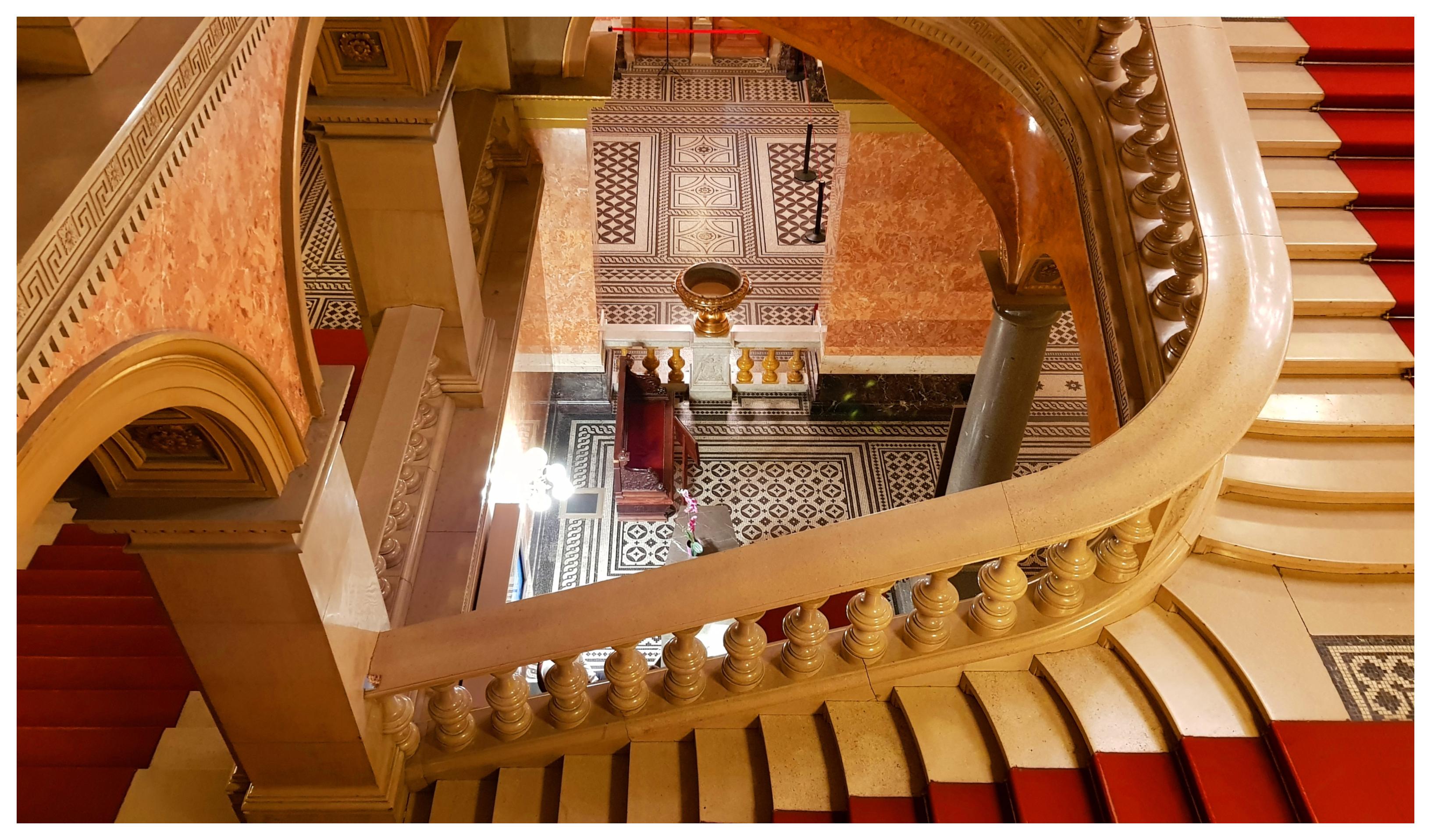 budapest-opéra-budapest-hall