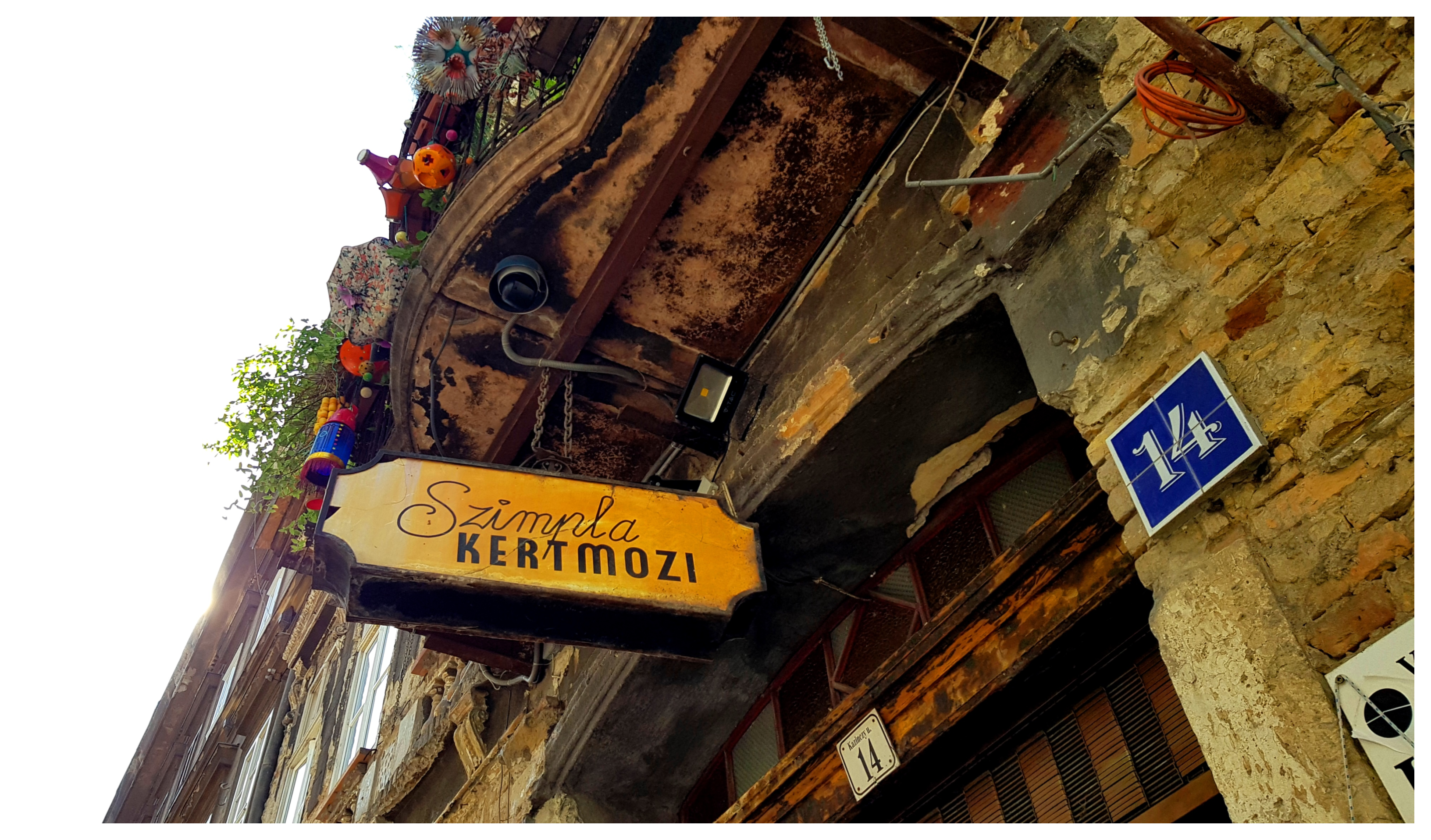 budapest-szimpla-kert-ruin-bar